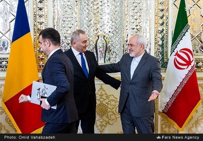 resized 1504136 822 عکس/ دیدار وزرای خارجه ایران و همچنین رومانی