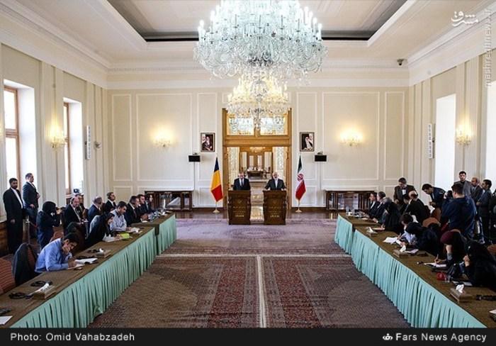resized 1504153 785 عکس/ دیدار وزرای خارجه ایران و همچنین رومانی
