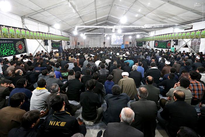 فضای جنبی حسینیه امام خمینی