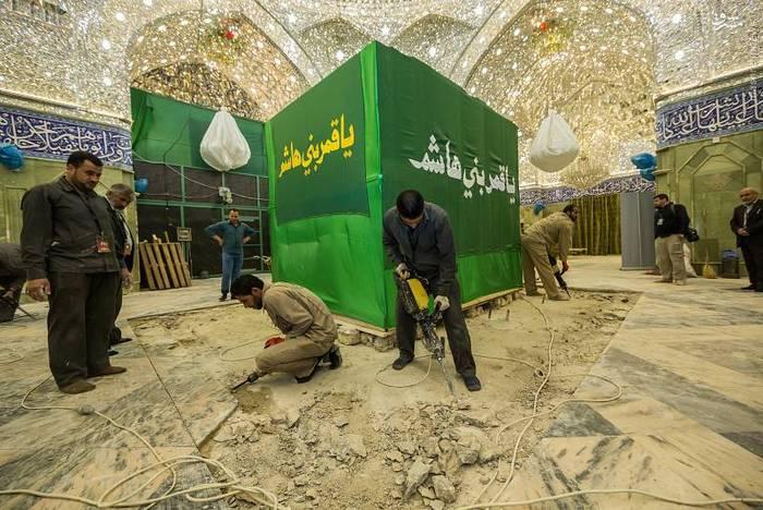 resized 1528412 997 عکس/ آماده سازی نصب ضریح جدید حضرت ابوالفضل العباس (ع)