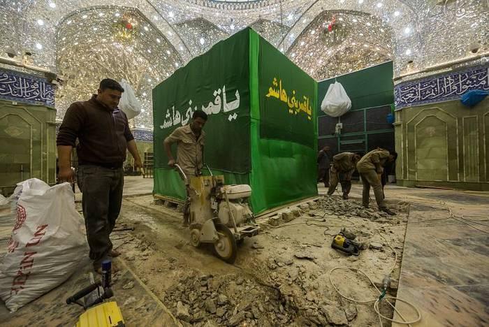 resized 1528418 243 عکس/ آماده سازی نصب ضریح جدید حضرت ابوالفضل العباس (ع)