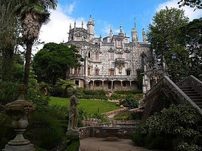 کاخ زیبای کوئینتا دا رگالریا شهر سینترا سفر به پرتقال توریستی پرتقال تو پرتقال Sintra Quinta da Regaleira