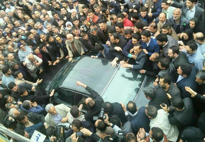 resized 1548895 343 عکس/ سفر احمدینژاد به آمل