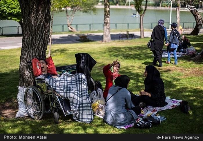 resized 1549011 326 عکس/ مراسم عیدانه معلولان