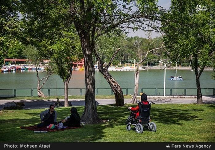 resized 1549012 400 عکس/ مراسم عیدانه معلولان