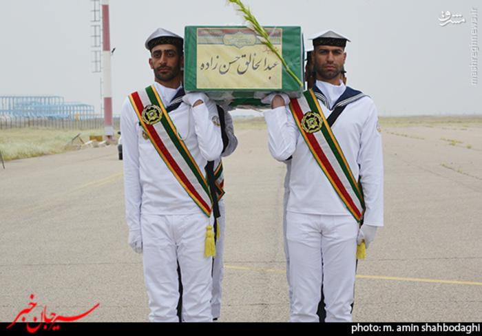 resized 1562218 152 عکس/ استقبال شهروندان و مردم شهر سیرجان از شهید مدافع حرم