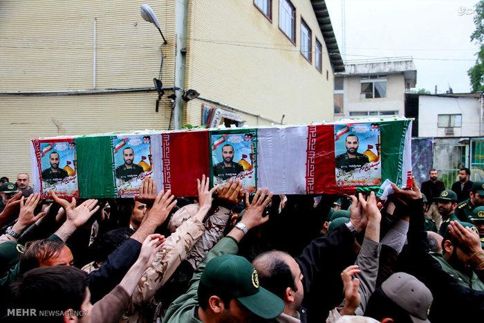 تشییع شهید مدافع حرم افشین زورقی /عکس