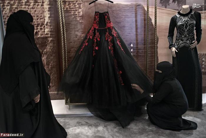 مزون لباس در مرکز خرید