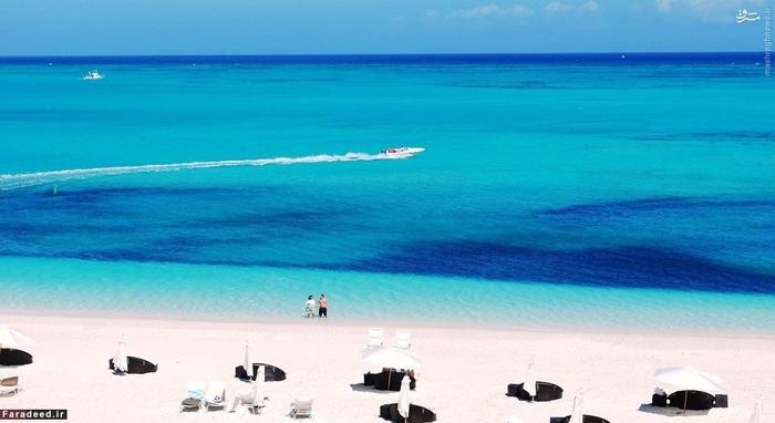 4. پرُوویدِنسیالِس - جزایر تورکس و کایکوس::::: این جزیره مختصرا «پرُوو» نامیده میشود و در شمال غربی تورکس و کایکوس واقع شده است. پروو دارای بیشترین امکانات رفاهی بین دیگرهای جزایر آن حوالی است.