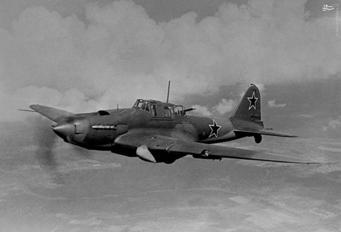 بمب افکن « ایل-2» ارتش سرخ.