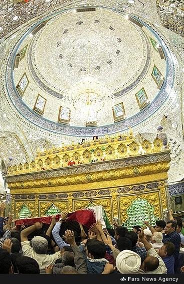resized 1633513 455 عکس/ تشییع پیکر شهید بابایی در کربلا