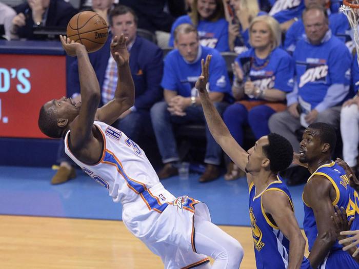resized 1656010 209 عکس/ جذاب و دیدنیهای پلی آف NBA