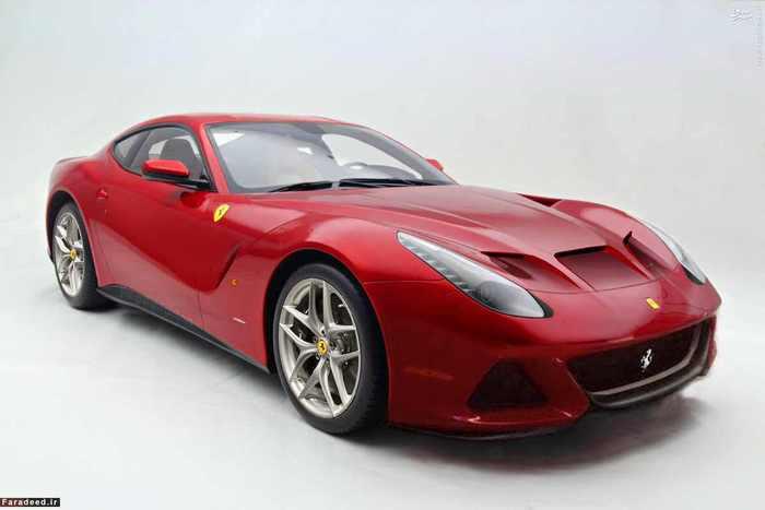 از حدود سال 2014 روند ساخت ماشین های سفارشی در فراری سرعت گرفت و دو خودروی F12TRS و SP America بر اساس مدل F12 تحویل خریداران شدند. مالک F12TRS مشخص نیست اما بیش از 4.2 میلیون دلار برای آن هزینه شده است. مدل SP America نیز با صرف 4 میلیون دلار برای آقای دنی وگمن Danny Wegmanوارث فروشگاه های زنجیره ای وگمن طراحی گردید.