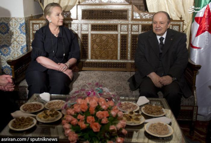 هیلاری کلینتون وزیر امور خارجه آمریکا و عبدالعزیز بوتفلیقه نخست وزیر الجزایر - 2012