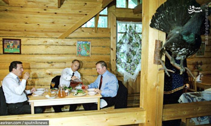 ناهار کاری روسای جمهور آلمان، روسیه و اوکراین - 2002