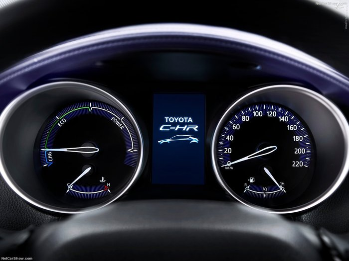 Toyota crossover CHR 2017٬ تویوتا کراس اور٬ تویوتا کراس اور C-HR ۲۰۱۷٬ تویوتا(TNGA)٬ خودروی هیبریدی٬ نسل چهارم تویوتا پریوس