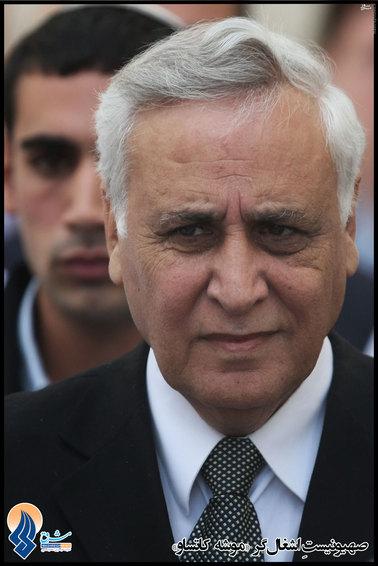 متولد:14 آذر 1324 - فعلا در قید حیات. محل تولد: ایران. وی چندین سال مقام موسوم به ریاست جمهوری را در دست داشت.