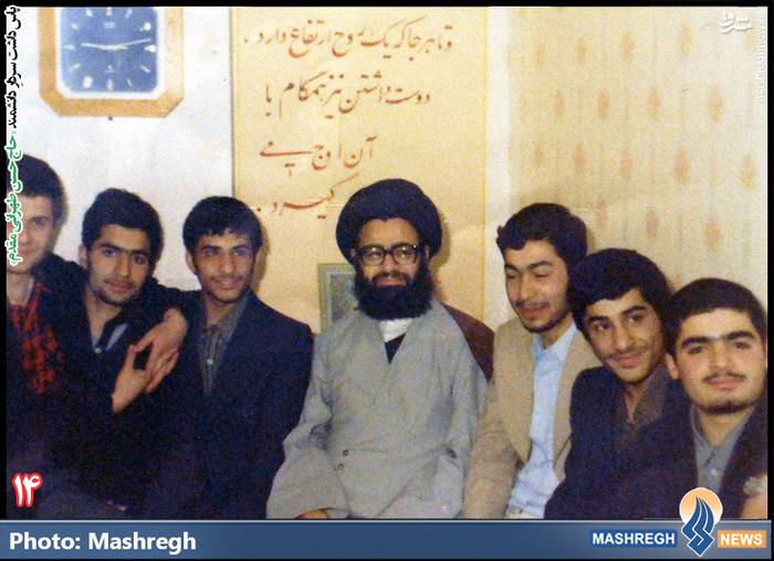 حسن طهرانی مقدم (نفر دوم از چپ)