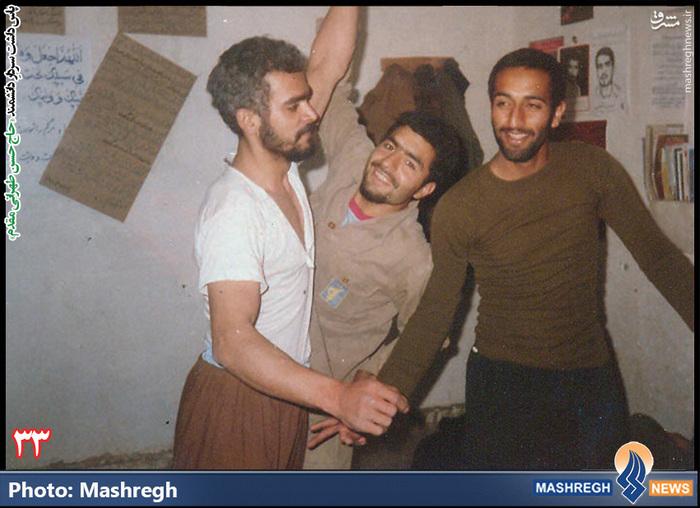 حسن طهرانی مقدم (نفر وسط)
