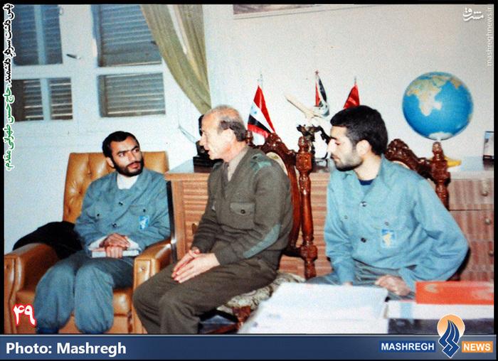 حسن طهرانی مقدم (نفر اول از راست) - دیدار با هیات نظامی «سوریه»