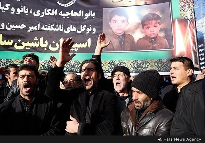 مراسم تشییع جانباختگان حادثه قطار تبریز - مشهد