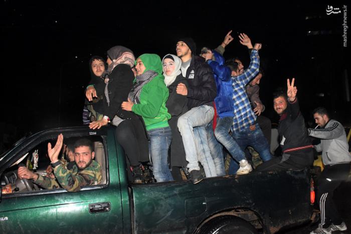 آزاد شدن حلب, پیروزی در حلب, جشن مردم حلب در خیابان, خوشحالی مردم حلب