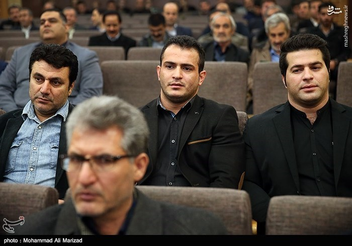 عکس مراسم ختم خانواده حسین رضازاده بیوگرافی حسین رضازاده