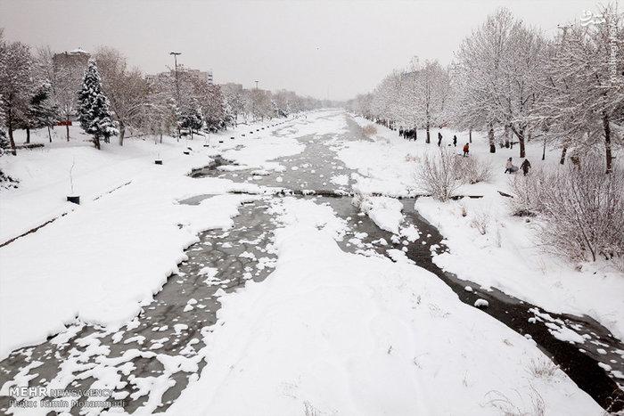 بارش شدید برف در ارومیه
