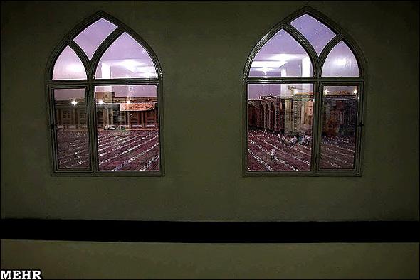 افطار در حرم امام رضا(ع)