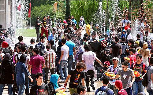 ثمرهی 30 سال مدیریت فرهنگی در تهران