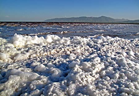 دریاچه ارومیه در حال خشک شدن