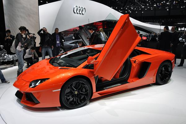 عکس : لامبورگینی گرانترین خودرو دنیا میشود www.TAFRIHI.com