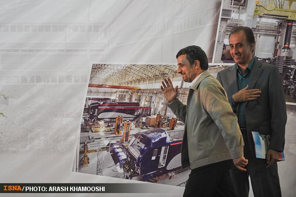 احمدی نژاد و حیاتی