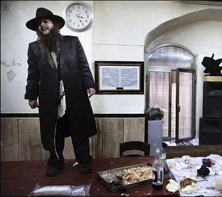قاتلی بنام هستر (هولوکاست ایرانی)