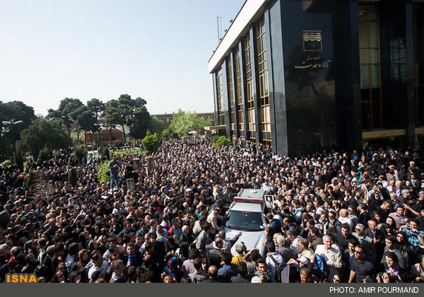 مراسم تشییع جنازه مرحومه عسل بدیعی