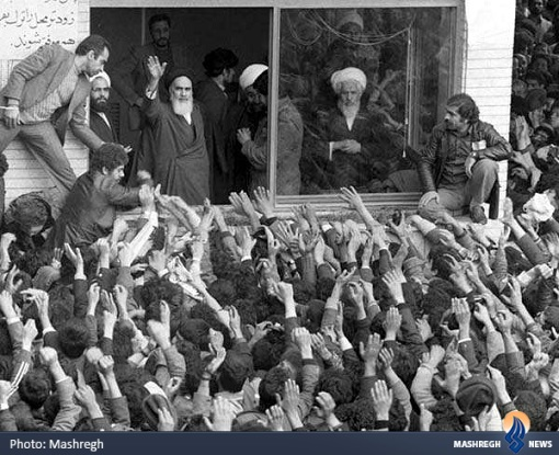 نگرانی آقای خامنهای از خوشامدگویی به امام خمینی (ره) + تصاویر// آماده انتشار