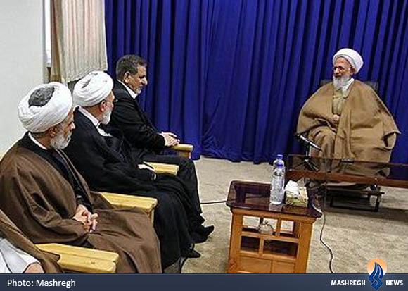 انتقاد آیتالله جوادی از تخریب عملکرد احمدینژاد توسط وزرای روحانی