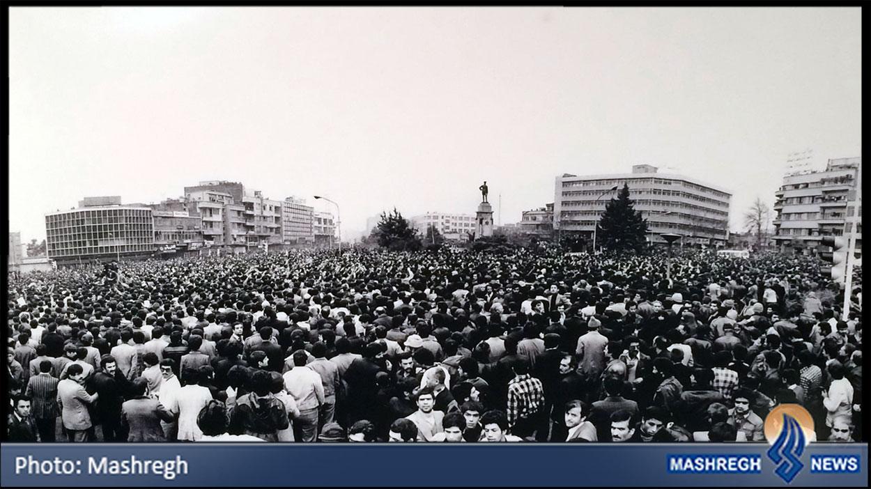عکسی دیده نشده از «میدان انقلاب»