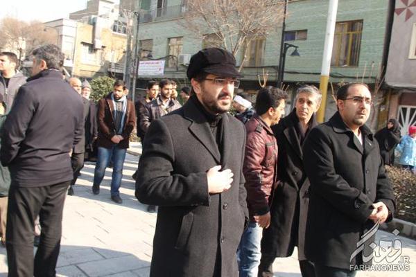 عکس/حضور یک بازیگر در تشییع جانباز فتنه