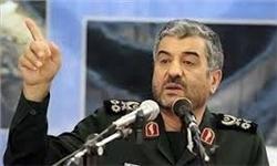 برخی حاضرند به قیمت برطرف کردن دشمنی آمریکا عزت ایران را بفروشند/ آمریکا دشمن اصلی ایران است