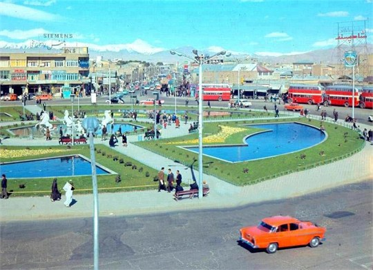 میدان امام حسین (ع)