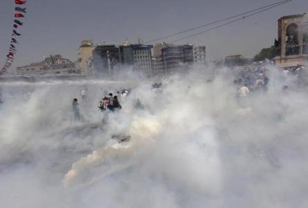 موج مخالفت مردم ترکیه با سیاست های این کشور درباره سوریه