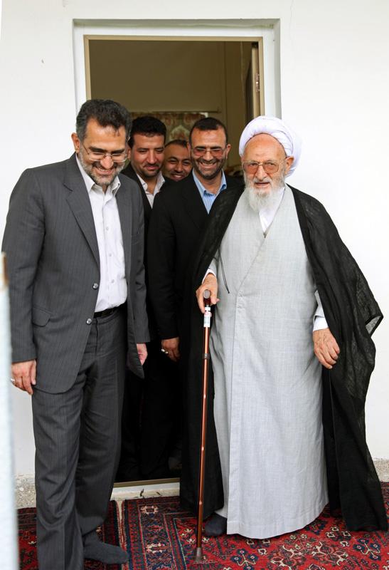 نصیحت علامه حسنزاده آملی به نادر طالبزاده  و در ادامه به دیگران