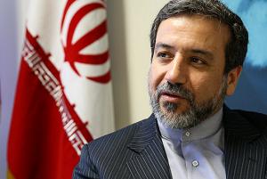 تناقض اظهارات عراقچی با اقدامات دولت برای جایگزینی ابوطالبی/ آیا روحانی زیر بار «ویزای محدود» میرود؟