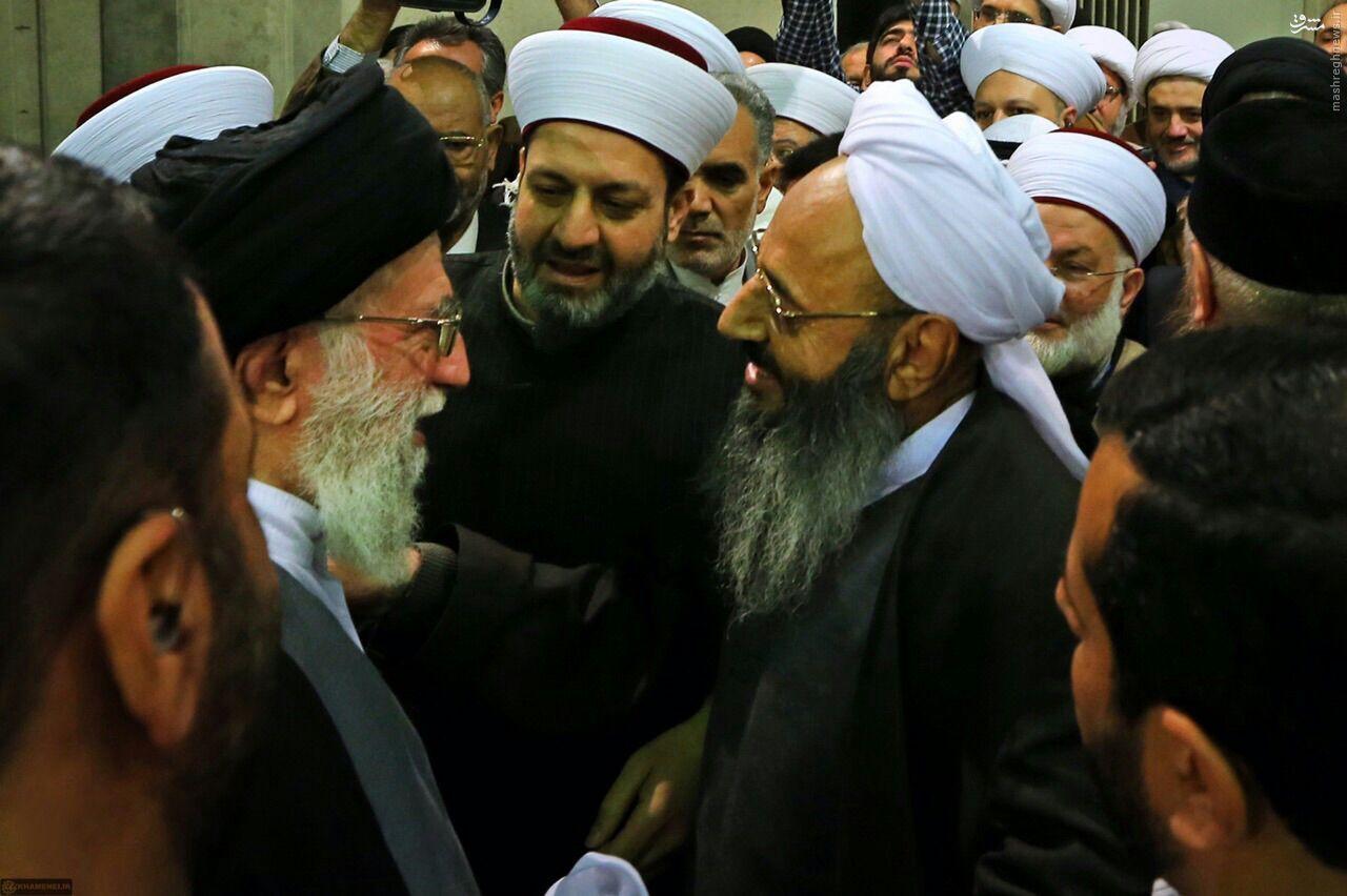 عکس/ دیدار صمیمانه رهبر انقلاب و مولوی عبدالحمید