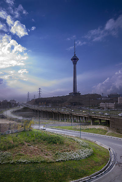 بلندترین سازههای ایران+ تصاویر
