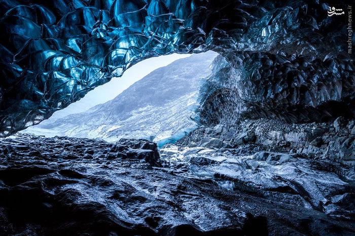 غار عجیب در ایسلند