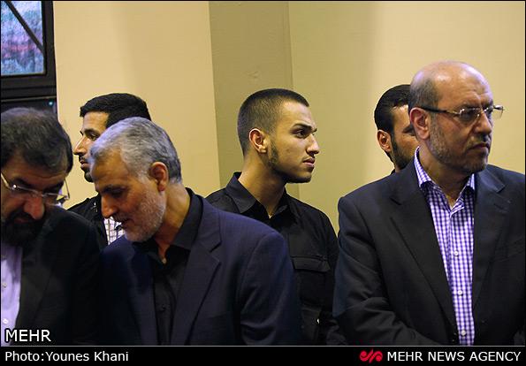 عکس/ فرزند حاج عماد در کنار قاسم سلیمانی