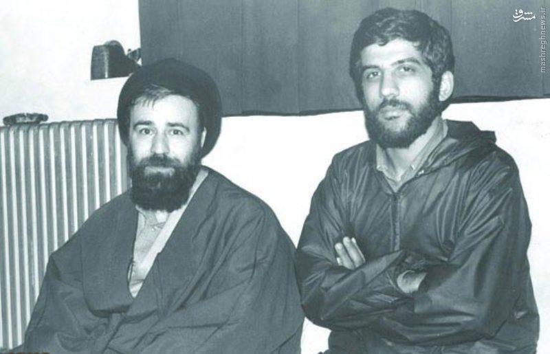 عکس/ ضرغامی در کنار یادگار امام