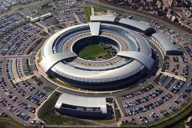 اصرار انگلیس برای انتقال مخفی تجهیزات به سفارتش چیست؟ / مهمترین شریک جاسوسی آمریکا در خاورمیانه